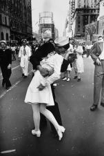 V-J Day in Times Square, by Alfred Eisenstaedt, 1945
