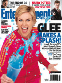 GLEE MAKES A SPLASH - JANE LYNCH