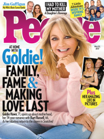 AT HOME WITH GOLDIE HAWN!